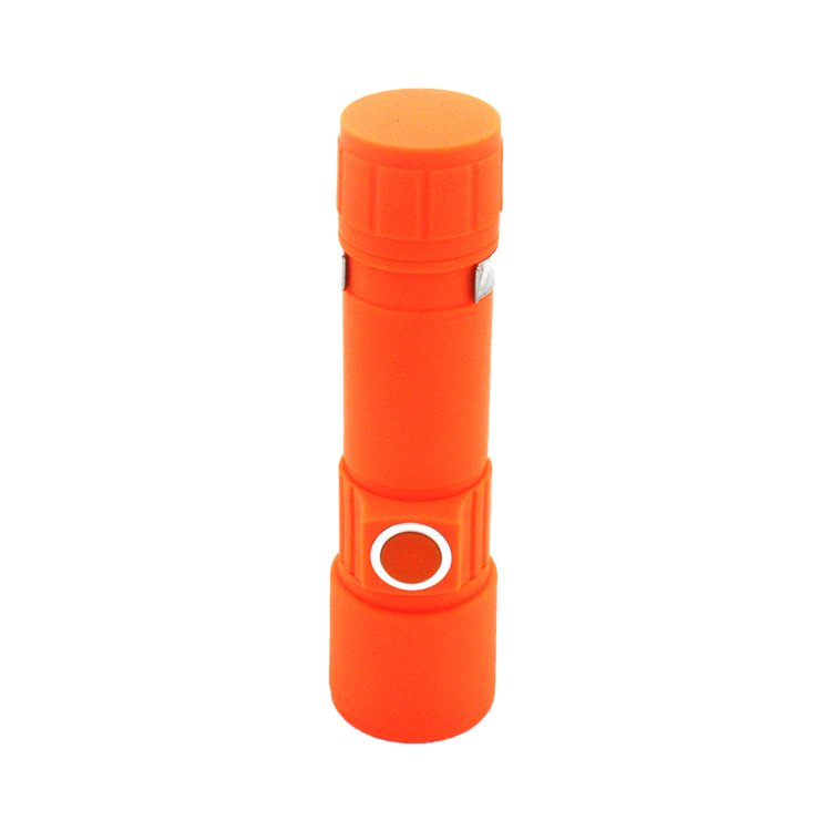 GM11330+USB Charging 3 Modes 500 Lumen XPE Zoomable LED Rechargeable Flashlight